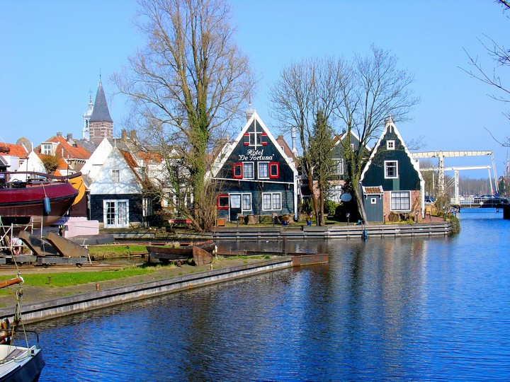 Most Beautiful Villages In The Netherlands Built On Canals Tourism On The Edge