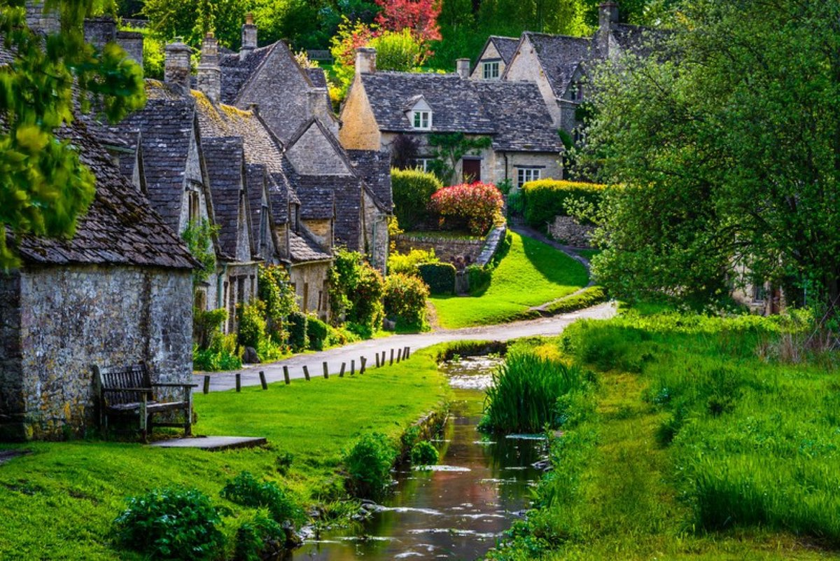 Beautiful Wall Clocks Today S Idyllic Walk The Small Village Of Bibury England