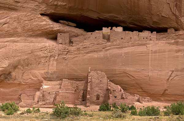 800px-Canyon_de_Chelly_White_House