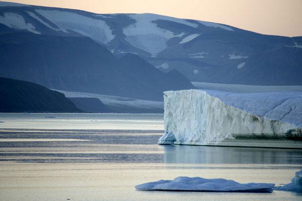 arctic-high-devon-island.jpg_2092326501