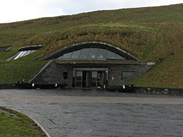 cliffs-of-moher-visitors-centre