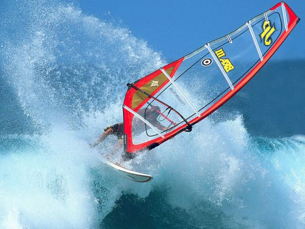 hawaiian_watersports,_windsurfing