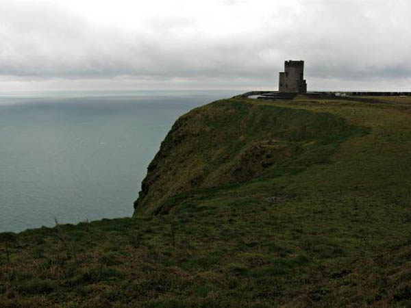 tower-at-cliffs-of-moher