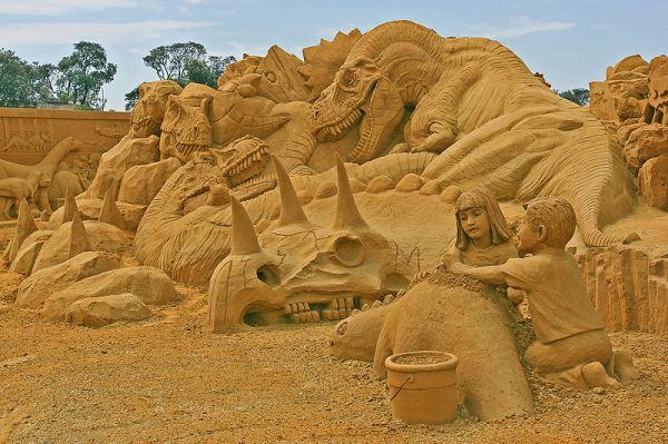 800px-Sandsculpting,_Frankston,_Vic_jjron,_21.01.2009