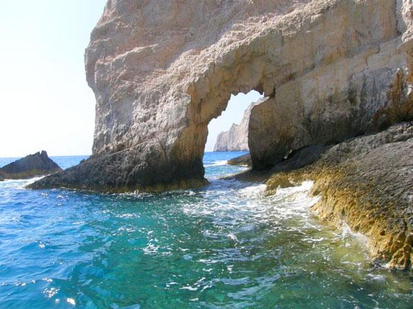 Blue-Caves,-Zakynthos