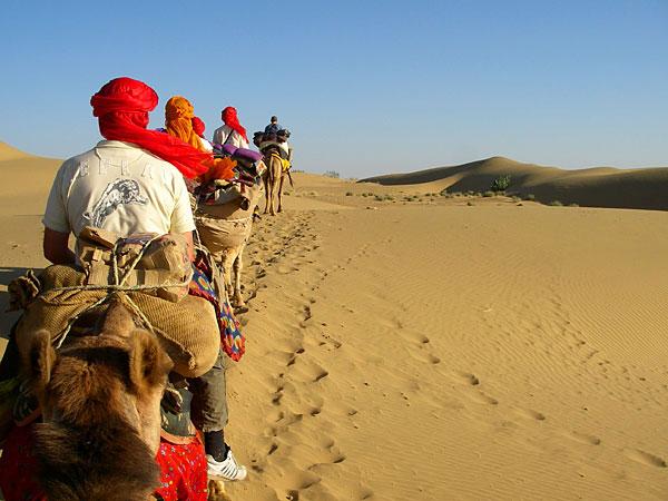 jaisalmer-camel-safari-rajasthan