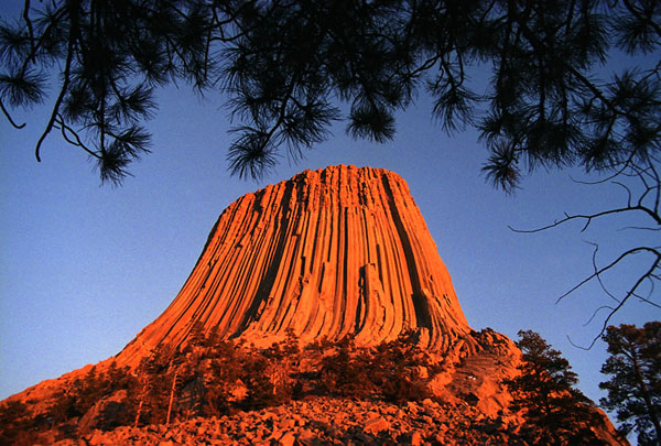 122804-Devils-Tower