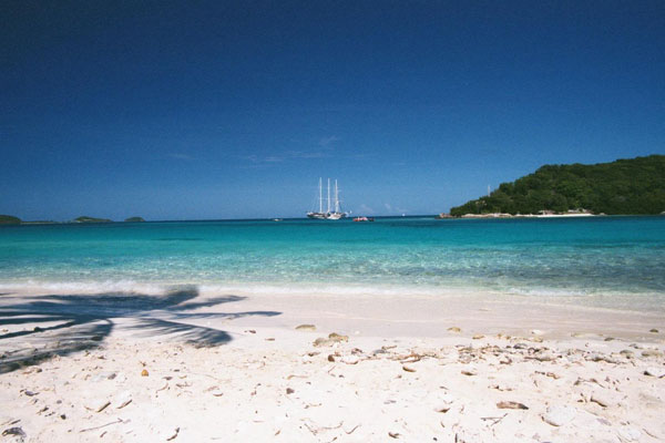 perfect-blue-tobago-cays