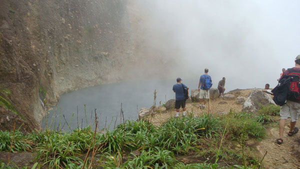 2nd-boiling-lake-Dominica