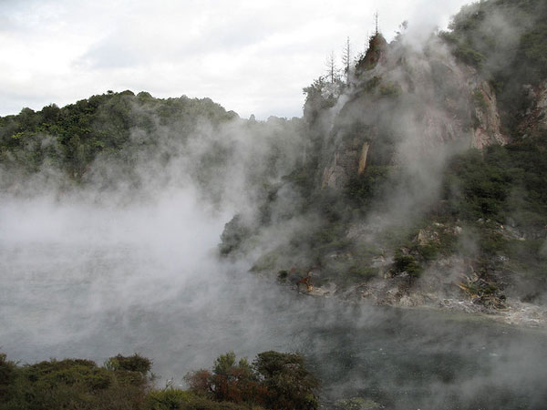 Dominica-Boiling-Lake-2