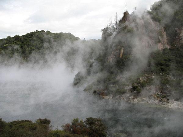 Dominica-Boiling-Lake-2