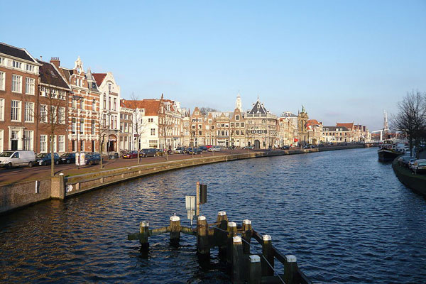 800px-Haarlem_on_the_spaarne