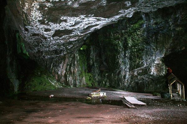 Smoo Cave2