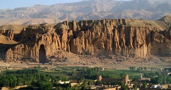 bamiyan-valley-01