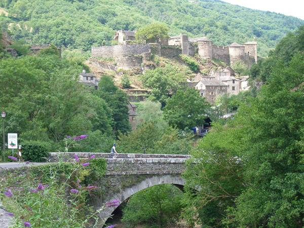 bridge-village-brousse-le-chateau2