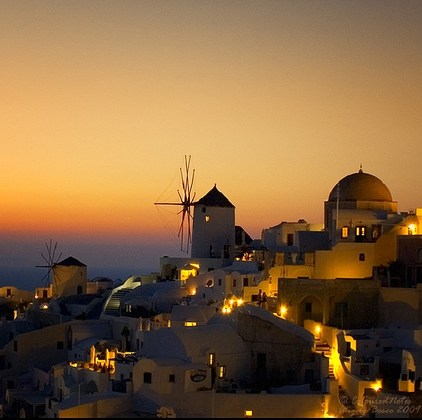 amazing santorini sunset
