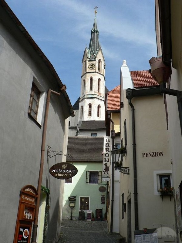 the-streets-of-cesky-krumlov-frymburk