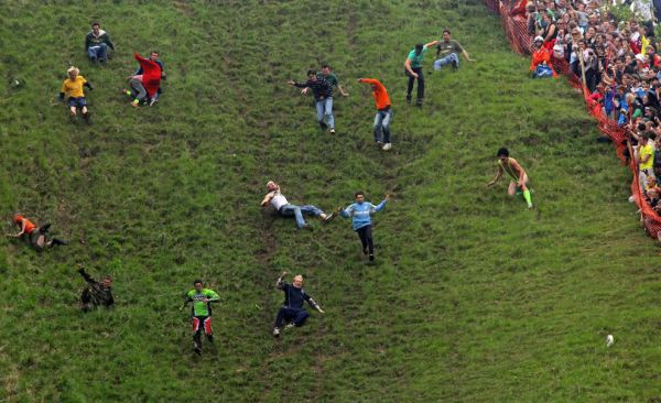 Coopers_Hill_Cheese_Rolling