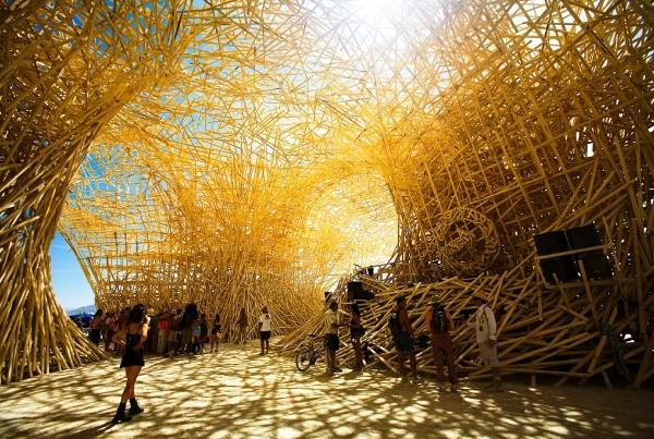 Uchronia_Burning Man