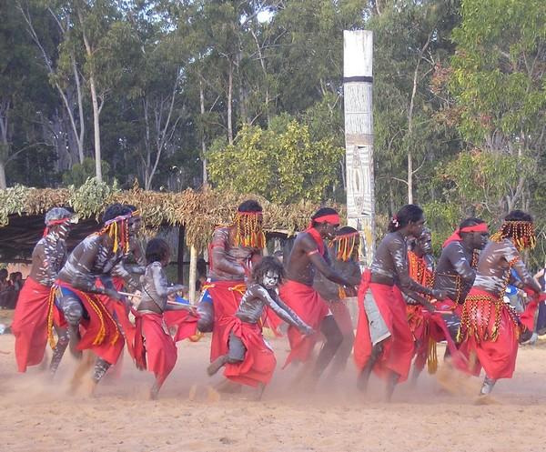 aboriginal-dancers