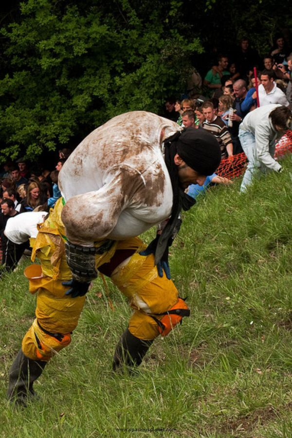 cheese-rolling-festival