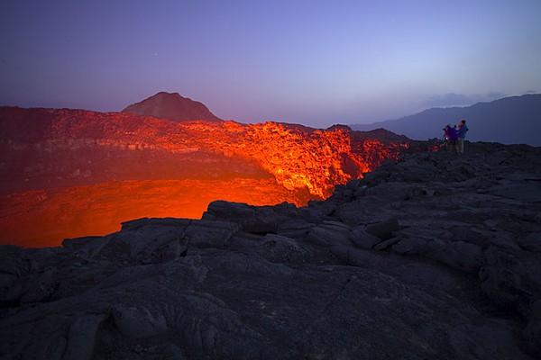 erta ale_volcano lake