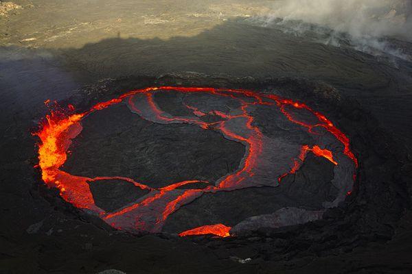 erta_ale_volcano lake2