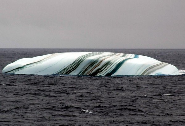 striped icebergsi 01