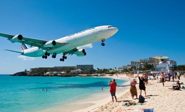 landing_Maho Beach