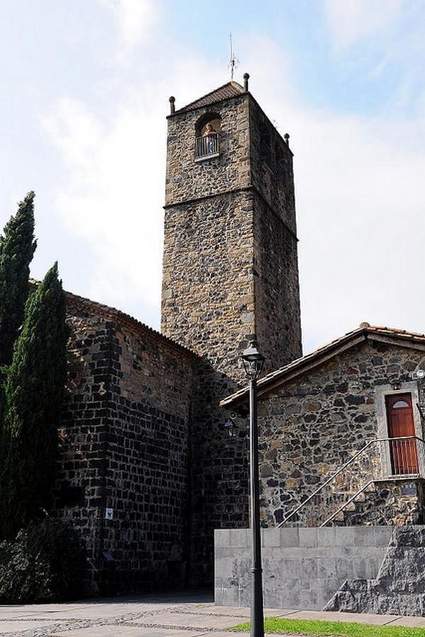 Church Castellfollit de roca