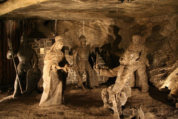 Wieliczka_Salt_Mine-image-16