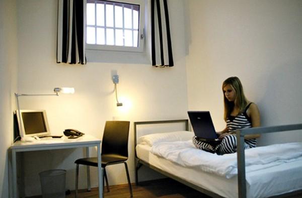 alcatraz-hotel-1