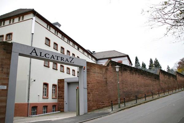 alcatraz-hotel-main