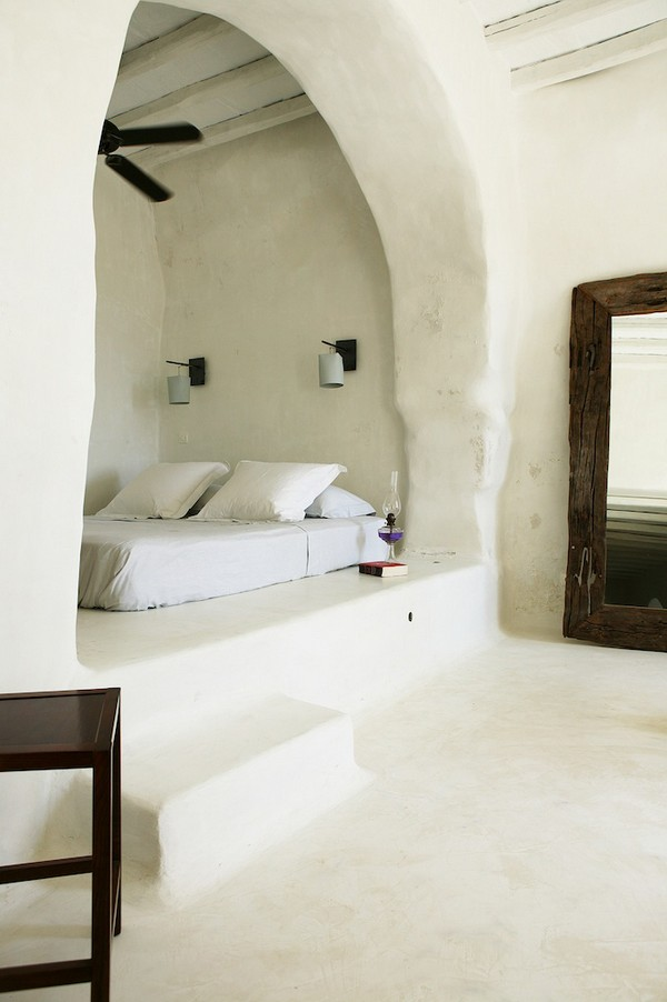 house-in-tinos-island-greece-by-Zege-architects-in-collaboration-with-architect-interior-designer-Marilyn-Katsaris-yatzer-1