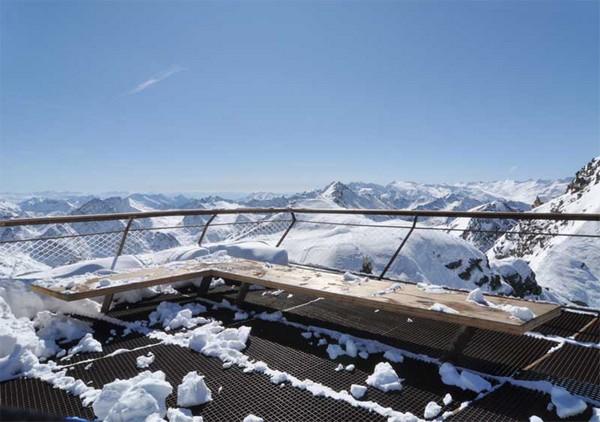 top of tyrol_austria_alps