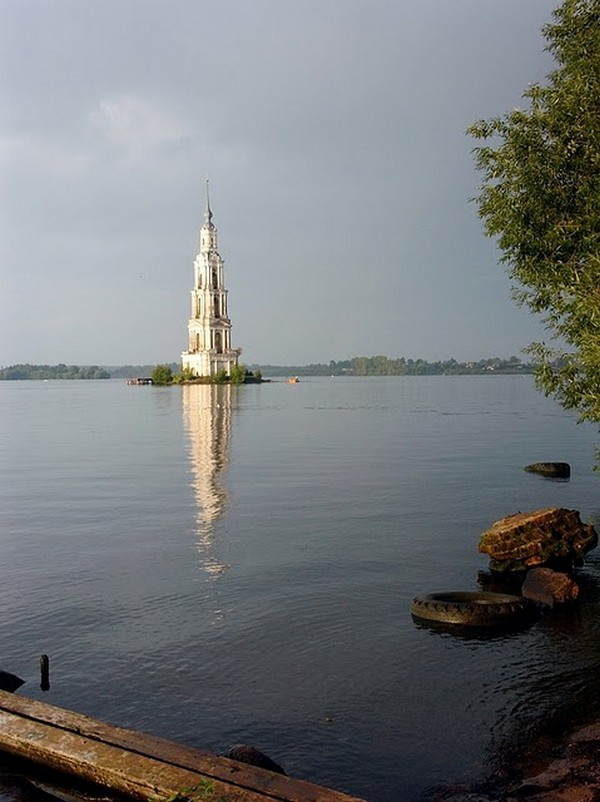 Church under lake Russia Tourism on the Edge06