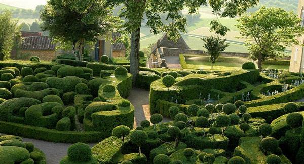 Gardens-of-Marqueyssac-Perigord-2 (4)