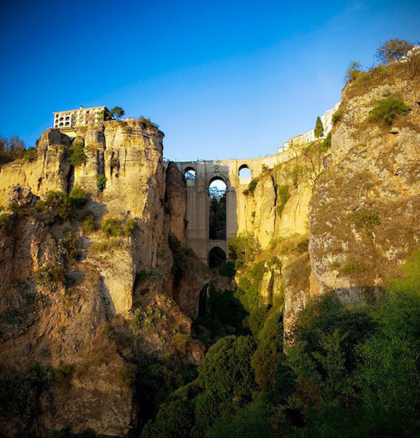 Ronda, Spain: The Dramatic Cliffs That Inspired Modern Bullfighting