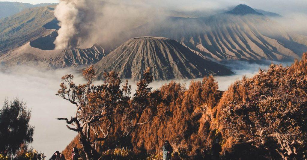 bromo tengger semeru, indonesia volcano
