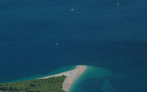 Island-Brac-beach,-Croatia