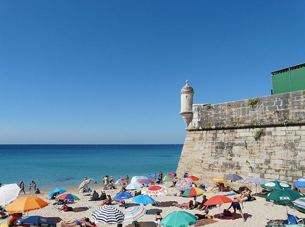 Sesimbra,-Portugal-beach