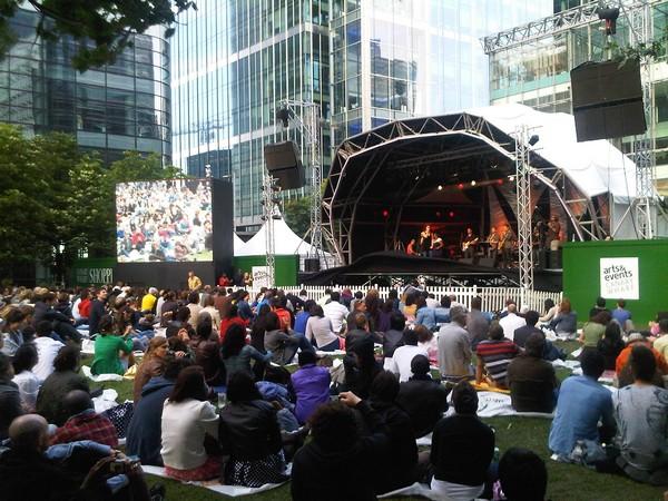 Canary_wharf_jazz_festival_2010