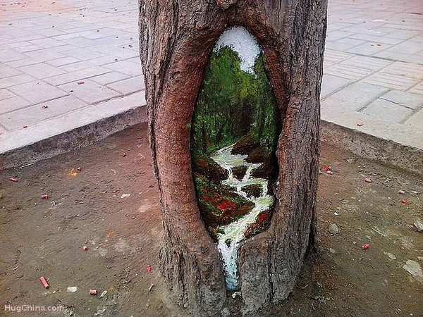 wang-yue-tree-hole-paintings-1