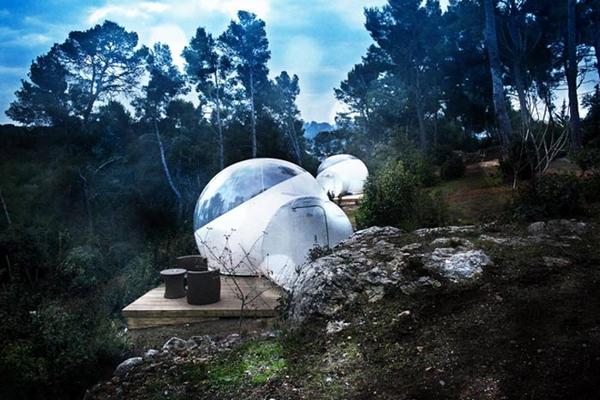 Attrap_Reves_Bubble_Hotel_Transparent_Tents_1