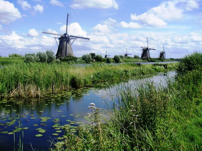 windmill windmills and their history in kinderdijk village the netherlands