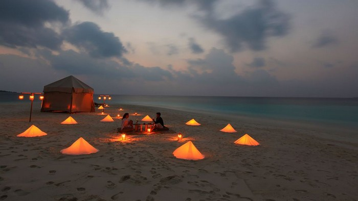 Private-Dinner-Picnic-beach