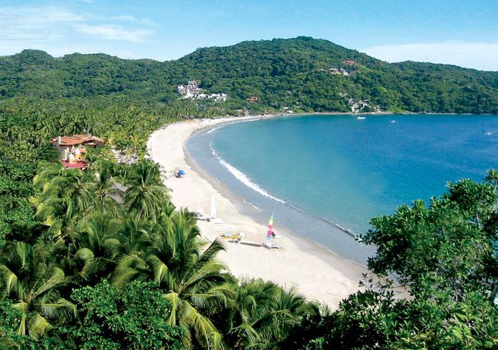 Ixtapa-Zihuatanejo-playa la ropa