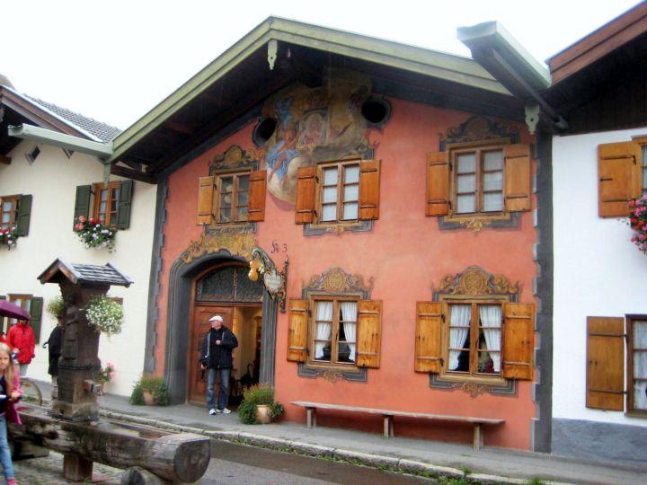 Mittenwald Geigenbaumuseum in der Ballenhofgasse