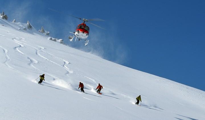 helli-skiing