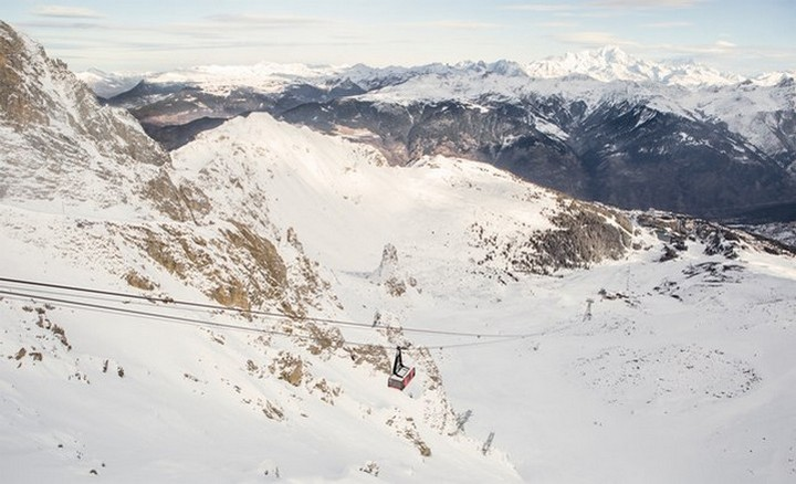 Courchevel Cable car - AirBnB (2)